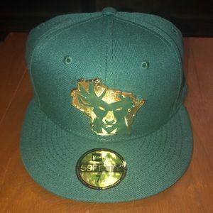 NBA Milwaukee Bucks Hat 7 1/4.